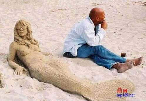 沙滩上的雕塑美女最健美女图片