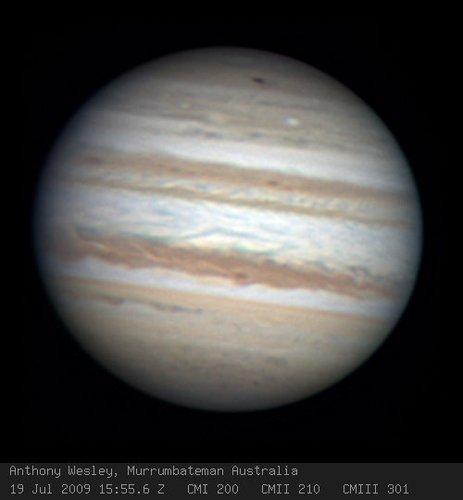 年舒梅克·列维彗星与木星相撞后留下的遗迹非常类似