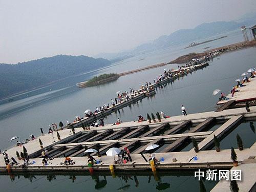 千岛湖国际钓鱼赛开竿 中韩钓手一决高下