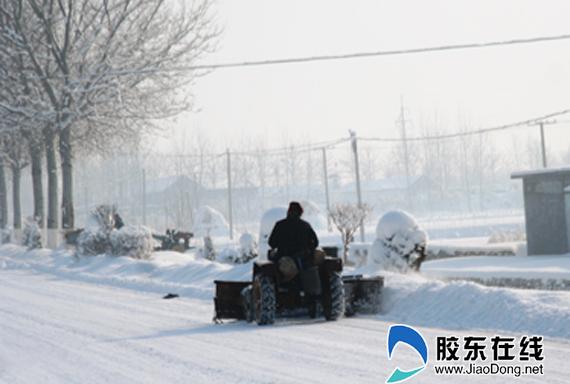 大雪中,可爱的人,温暖一座城市!