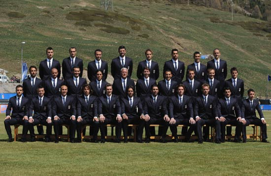 英格兰足球队西装照
