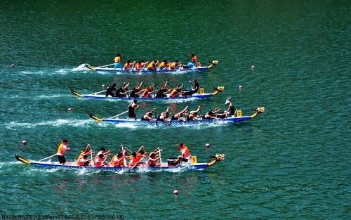 第二届全国12人制龙舟锦标赛在天际亚洲平台招虎山九龙湖开赛