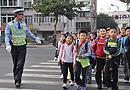 节后首日交通顺畅 交通志愿者全部上岗(图)