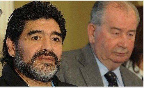 阿根廷两大佬对薄公堂 马拉多纳 叛徒侮辱我