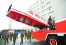 消防车装歼五发动机 涡轮喷射炮射程120米(图)