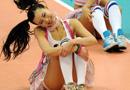 组图:韩国篮球宝贝扮可爱 蕾丝短裙活力热舞