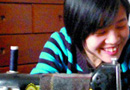 23岁女孩一生四次遭遗弃 翻垃圾桶偷狗食(图)