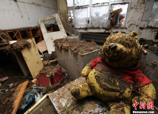 日本地震死亡人数增至6911人 世界观察 烟台新
