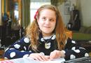 10岁盲女会3门外语 为欧洲议会当同声传译(图)