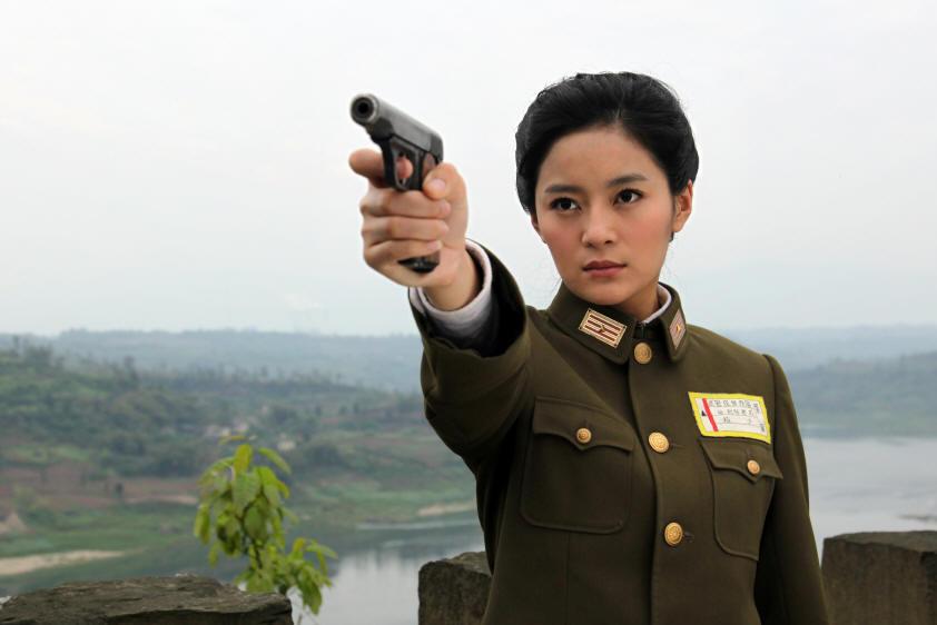 烟台女孩王媛可演谍战剧 这个女特务造型很美艳
