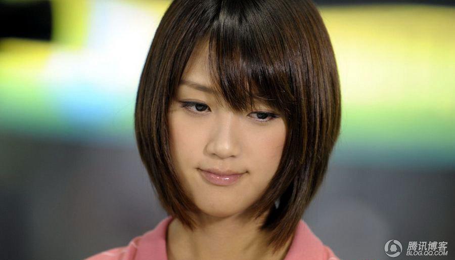 世游赛最美日本女主播生活照曝光
