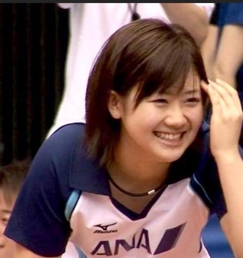 日本乒乓球运动员 从小练习乒乓球就受到日本媒体