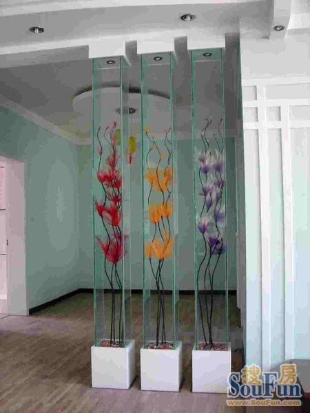 卧室客厅隔断全攻略 隔断装修效果图大展示