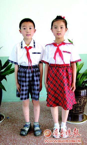 烟台多地中小学生很有范儿穿免费小学上学(图新的校服v小学图片图片