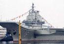 中国首艘航母平台今日交付海军(组图)