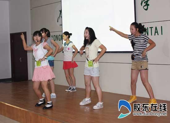烟台永铭中学上演英文版《西游记》(组图)