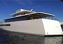 乔布斯私人游艇亮相 配7台iMac尽显苹果风(图)