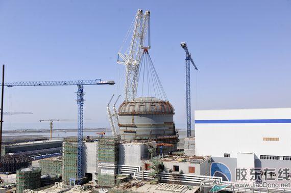 这标志着反应堆厂房内部土建施工完成,核岛主要设备和大型模块已全部
