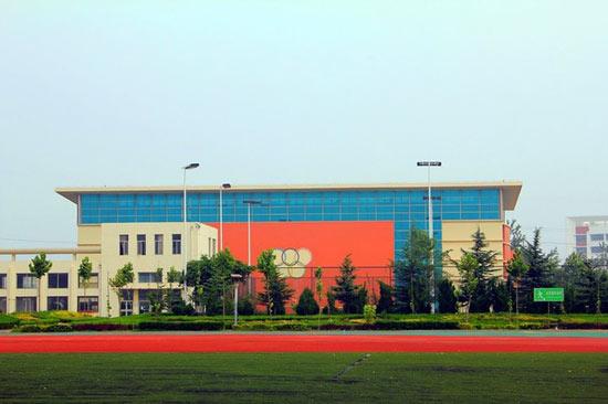 烟台开发区高级中学校园风景