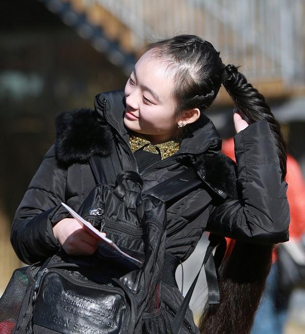 2014艺考:北电表演系初试现场俊男美女齐亮相