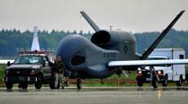 美军在日本部署全球鹰无人机侦察中朝两国(图)
