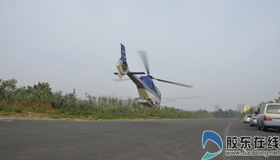 飞机每次降落,工作人员进行必要维护,加油,装药,整个过程仅几分钟.