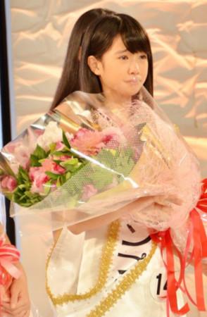 日本选拔国民美少女 12岁初中生夺冠组图