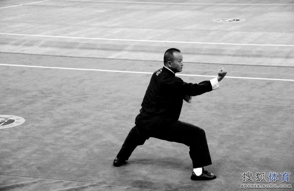 让人不得不感叹,中华武术的博大精深,民间高人真正是藏龙卧虎.图片