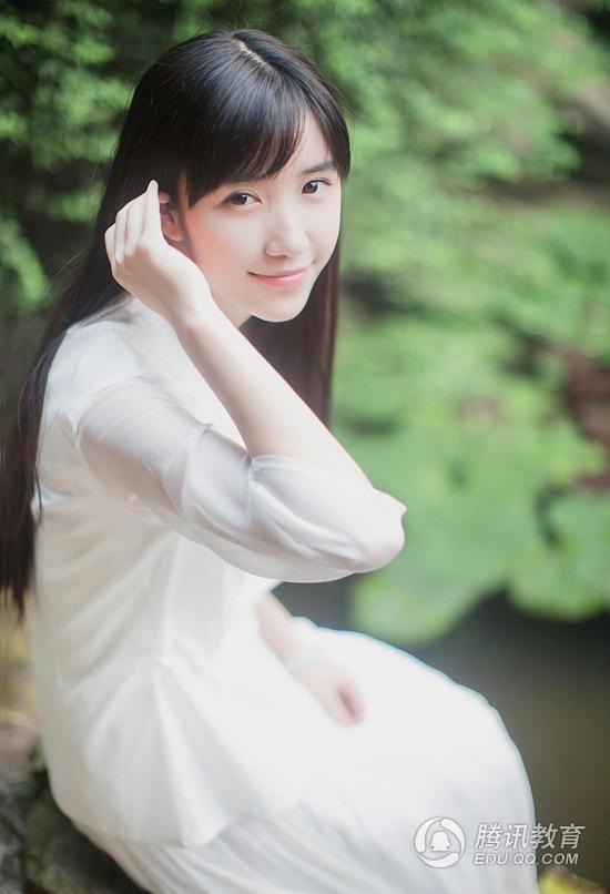 初中清纯可爱女生