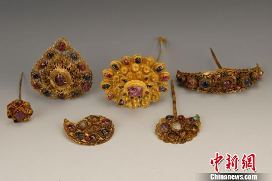 75件明代金玉器珍品亮相濃艷華麗富麗堂皇(圖)