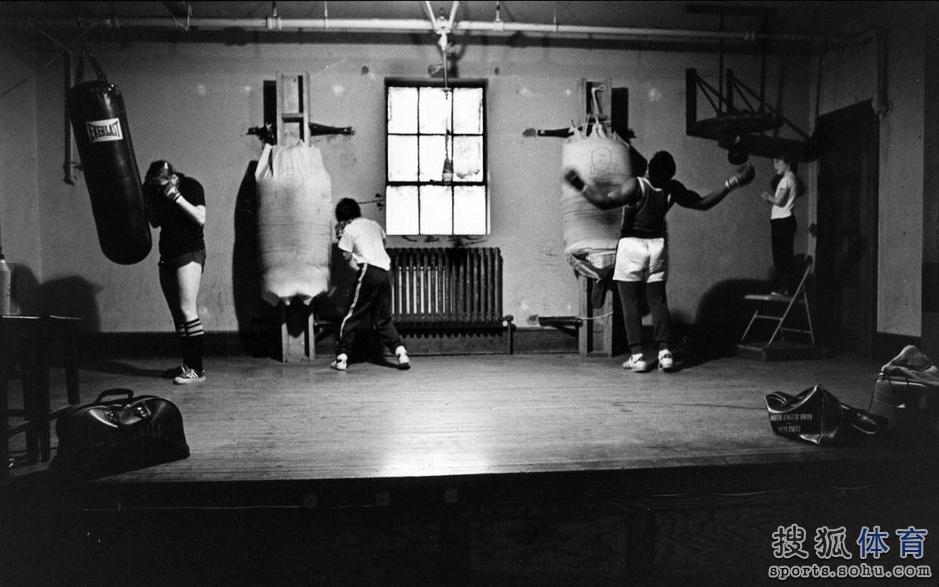 老照片:史上最著名拳馆巡礼 阿里泰森拳王摇篮