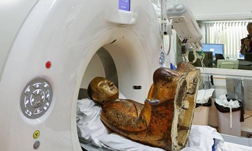 欧洲展出肉身菩萨疑为被盗文物华媒多方取证