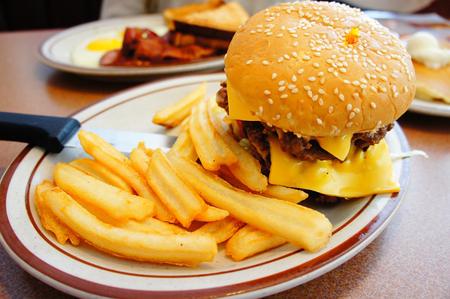 减肥能不能吃主食