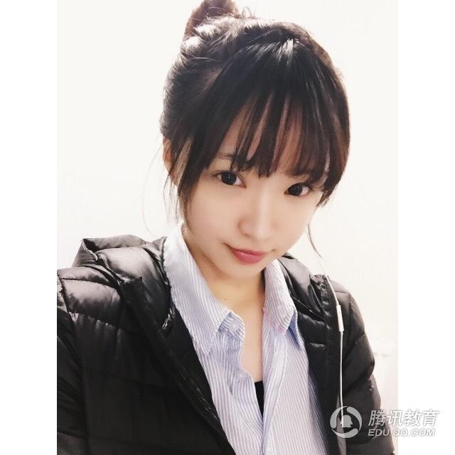 组图:留学英国女生林秋莹娇小可爱