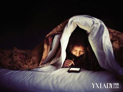 27岁女子通宵玩手机猝死 如何预防猝死_烟台教