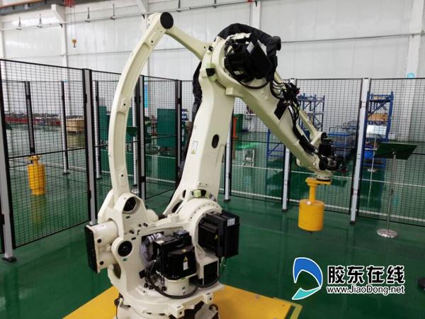 青岛宝佳一台码垛机器人可替6个人工