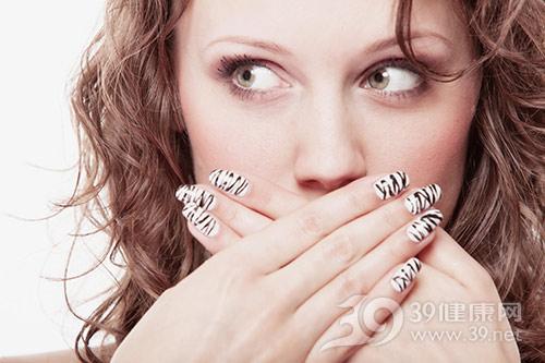 舌苔厚白是怎么回事?教你看舌苔辨健康__业达