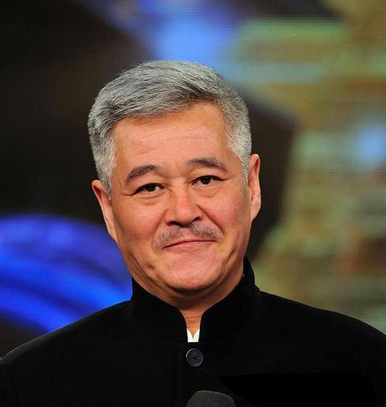 赵本山首次进入中国慈善榜 位列第18名