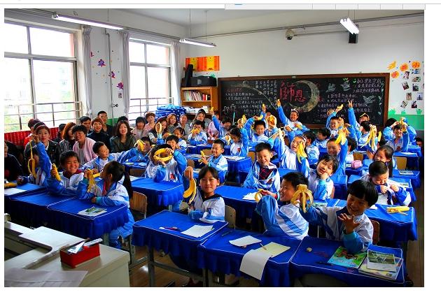烟台双语素拓新学期,家校共育启同行