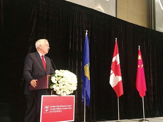 加拿大艾伯塔省省长访华 喜旺作中资企业代表赴京