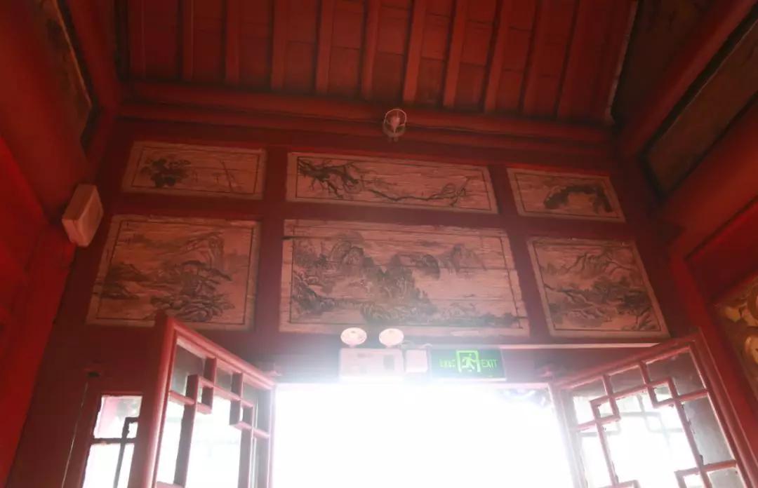 重磅:石岛天后宫七组清末建筑彩画首次被发现并对外公布