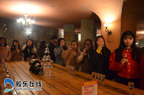 烟大文经食品安全文化节之感知酒文化
