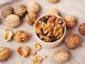 研究:每天吃少量核桃仁 可预防心脏病和肠癌