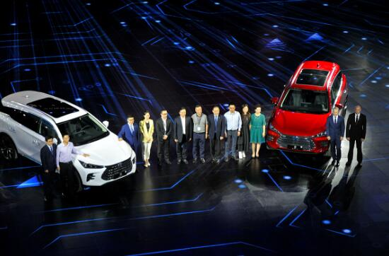 比亚迪新7座SUV配置惊人 售12.99-32.99万元