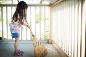 儿童做家务年龄对照表 教你更好引导孩子做家务(组图)