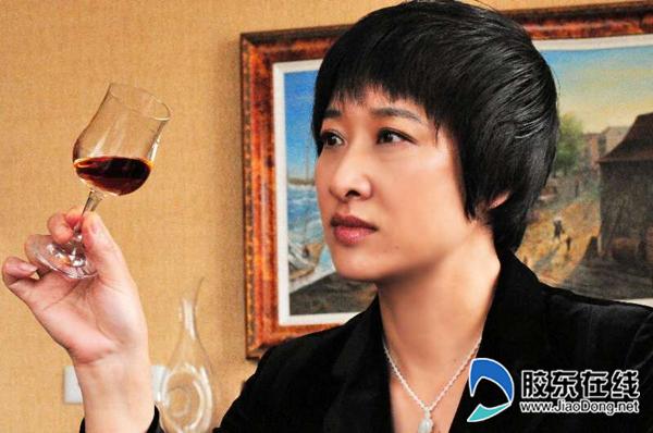 """对话""""国宝级""""白兰地酿酒大师张葆春"""