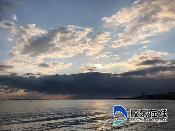 0月11日烟台海滨,刘玉曦摄_副本