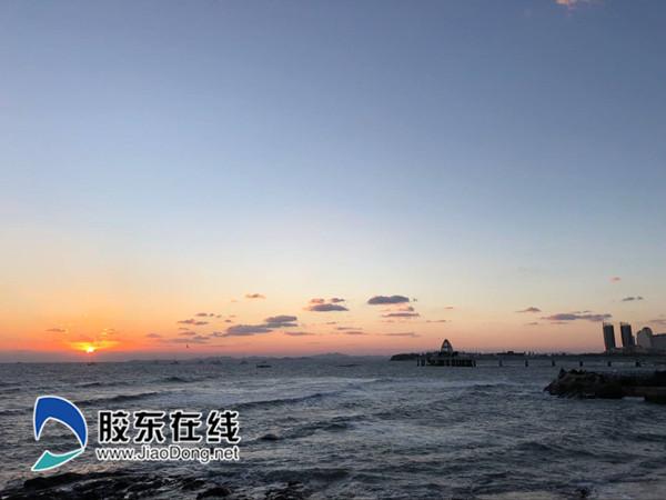 10月18日烟台海滨 刘玉曦摄1_副本