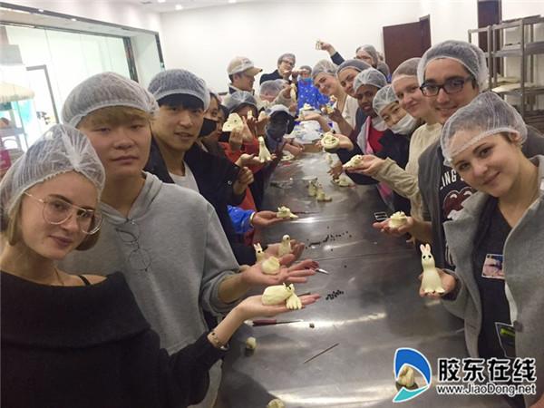 鲁东大学国际学生金麦兜民俗文化体验基地揭牌2