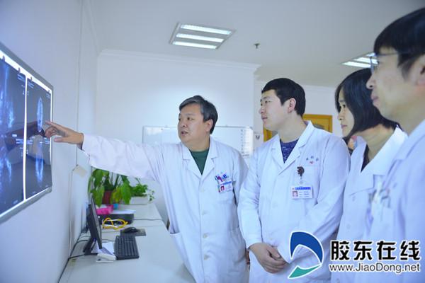 邹海东指导青年医院